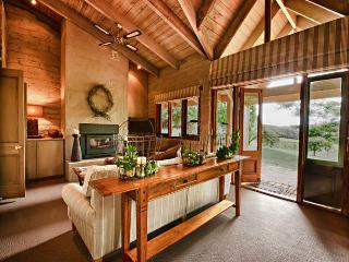 Tussie Mussie Vineyard Retreat- Vineyard Cottage - Merricks North vacation rentals