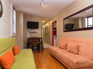 Sleeps 8! 3 Bed/2 Bath Apartment, Times Square, Awesome! (7783) - Manhattan vacation rentals