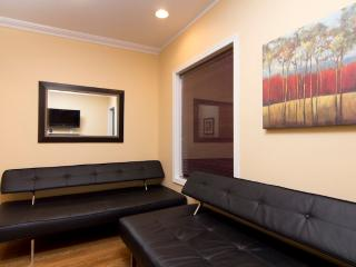 Sleeps 6! 2 Bed/1 Bath Apartment, Midtown East, Awesome! (7890) - Manhattan vacation rentals