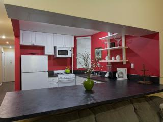 Sleeps 8! 3 Bed/2 Bath Apartment, Times Square, Awesome! (8505) - Manhattan vacation rentals