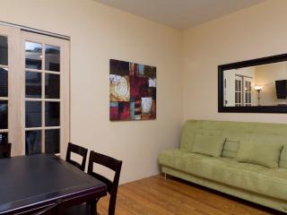 Sleeps 5! 2 Bed/1 Bath Apartment, Midtown East, Awesome! (8071) - Manhattan vacation rentals