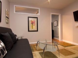 Sleeps 3! 1 Bed/1 Bath Apartment, Midtown East, Awesome! (8081) - Manhattan vacation rentals