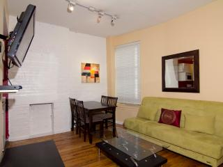 Sleeps 7! 4 Bed/2 Bath Apartment, Times Square, Awesome! (8091) - Manhattan vacation rentals