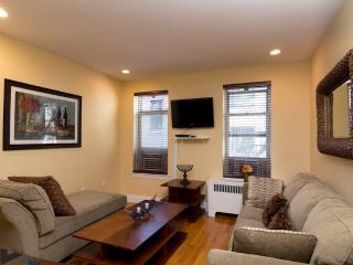 Sleeps 4! 1 Bed/1 Bath Apartment, Midtown East, Awesome! (8096) - Manhattan vacation rentals