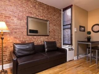 Sleeps 7! 3 Bed/1.5 Bath Apartment, Upper East Side, Awesome! (8220) - Manhattan vacation rentals