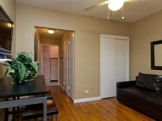 Sleeps 3! 1 Bed/1 Bath Apartment, Midtown East, Awesome! (8223) - Manhattan vacation rentals
