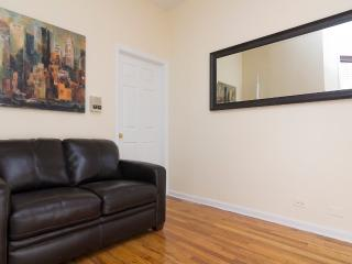Sleeps 6! 2 Bed/1 Bath Apartment, Upper East Side, Awesome! (8511) - New York City vacation rentals