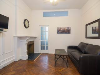 Sleeps 5! 2 Bed/1Bath Apartment, Upper West Side, Awesome! (8515) - Manhattan vacation rentals