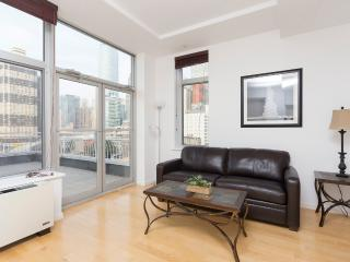 Sleeps 7! 3 Bed/0 Bath Apartment, Times Square, Awesome! (8525) - Manhattan vacation rentals