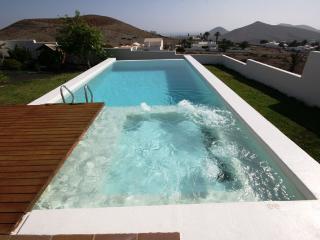 Exclusive Villa El Erizo in Nazaret - Teguise vacation rentals