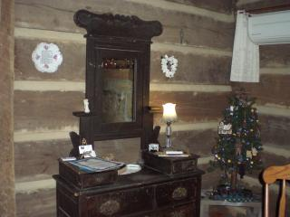 The Cardwell Cabin - Madisonville vacation rentals