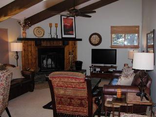 BC West S-3 w/ FREE Skier Shuttle - Avon vacation rentals