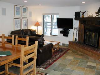 BC West W-1 w/ FREE Skier Shuttle - Avon vacation rentals