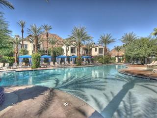 3 Bedroom Town house single level with 2 car garage - La Quinta vacation rentals