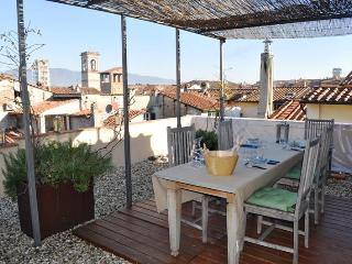 2 Bedroom Top Floor Apartment with View at Casa Puccini - Lucca vacation rentals