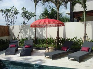 Villa Shiraz In Kerobokan - Kerobokan vacation rentals
