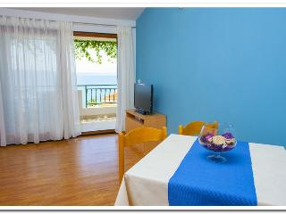 Apartmani Kunac: Apartment 1 - Podgora vacation rentals