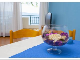 2 bedroom Apartment with Internet Access in Podgora - Podgora vacation rentals