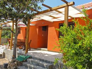 house for vacation 6-8 people - Betina vacation rentals