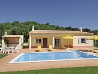Casa Pacifica - 2 bed villa with pool near Silves - Carvoeiro vacation rentals