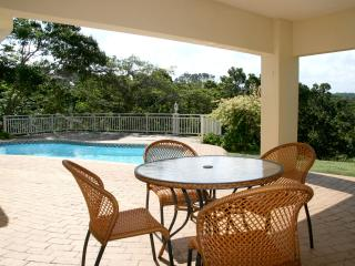 4 bedroom House with Deck in Southbroom - Southbroom vacation rentals