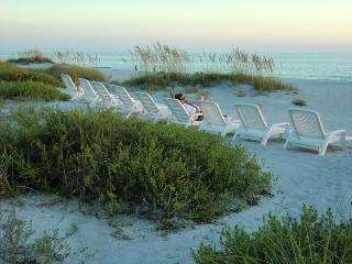 Beachfront Cozy Studio for 2! Las Hermanas Unit 4 - Longboat Key vacation rentals