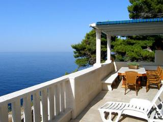 Waterfront Artists Retreat - near old Dubrovnik - Dubrovnik vacation rentals