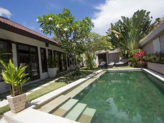 Villa Damai - Tranquil Hideaway in North Umalas - Seminyak vacation rentals