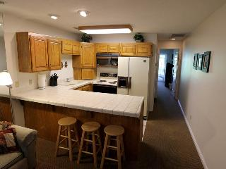 Romantic 1 bedroom Apartment in Saint George - Saint George vacation rentals