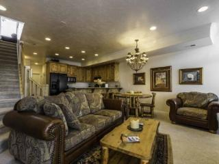 Snowbasin View | Luxury 1 Bedroom | Lakeside Unit 33A - Huntsville vacation rentals