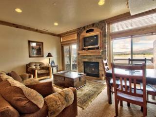 Lake Front Huntsville Condo | Luxury 2 Bedroom | Lakeside Unit 63 - Huntsville vacation rentals