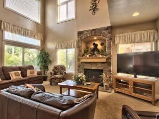 Snowbasin Park View Huntsville Condo   Luxury 3 bedroom   Lakeside Unit 77 - Huntsville vacation rentals