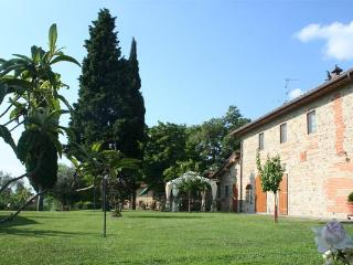 Comfortable 2 bedroom House in Reggello with Dishwasher - Reggello vacation rentals