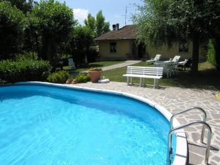 Bright 4 bedroom Vicchio House with Central Heating - Vicchio vacation rentals