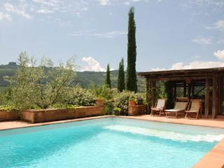 Lovely Villa with Parking and Central Heating - Ficulle vacation rentals