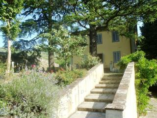 7 bedroom House with Internet Access in Serravalle Pistoiese - Serravalle Pistoiese vacation rentals