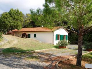 Nice 3 bedroom House in Castiglioncello with Tennis Court - Castiglioncello vacation rentals
