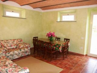 Alice 1 - Lorenzana vacation rentals