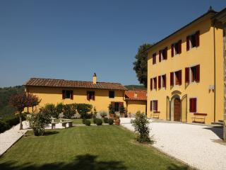Charming 5 bedroom Villa in Massa e Cozzile with Internet Access - Massa e Cozzile vacation rentals