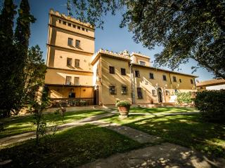 Comfortable 4 bedroom House in Empoli - Empoli vacation rentals