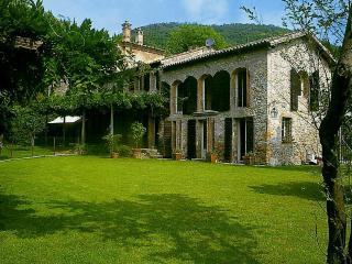 Vesta - Padua vacation rentals