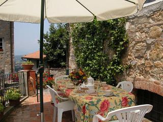 Castelvecchio - Lucca vacation rentals