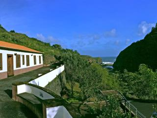 Charming 4 bedroom Villa in Porto da Cruz - Porto da Cruz vacation rentals