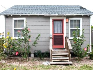 Sea Biscuit Cottage in Old Town - Port Aransas vacation rentals