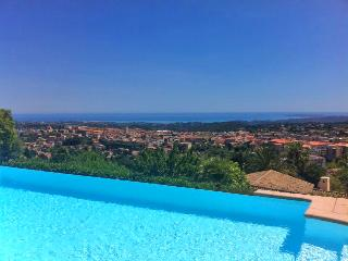 Fantastic large villa with panoramic sea view - Vence vacation rentals