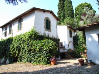 Villa Michelangelo 11 - Florence vacation rentals