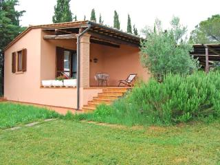 Romantic 1 bedroom Apartment in Massa Marittima with A/C - Massa Marittima vacation rentals