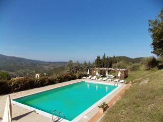 Beautiful 6 bedroom House in Dicomano with Shared Outdoor Pool - Dicomano vacation rentals