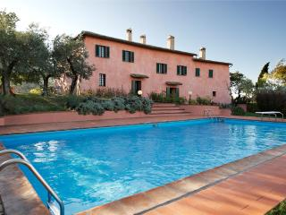 Nice Villa with Internet Access and Tennis Court - Foligno vacation rentals