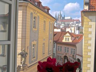 Unique Charm Views Of The Ch-bridge Castle 2nd floor - Bohemia vacation rentals